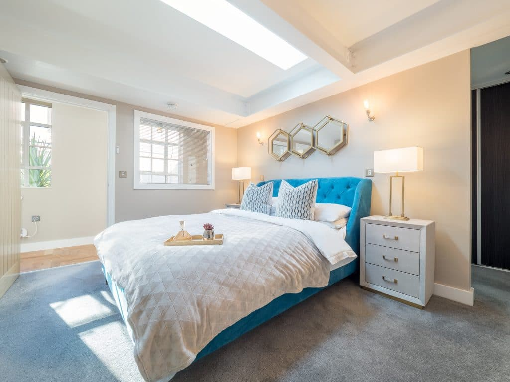 Aqua and White Themed Bedroom
